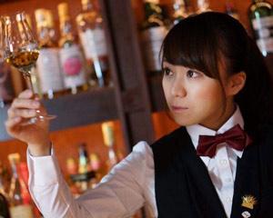 小栗絵里加さん監修のボトルカクテル 「マザーズブロッサム」販売開始