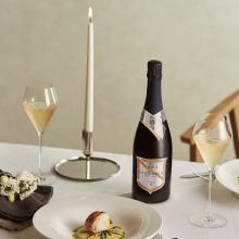 英国最高峰スパークリングワイン、ナイティンバーで感謝の祝杯をあげよう!